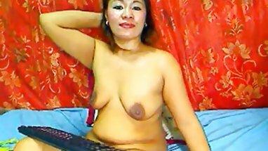 en línea tailandés tetona